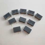 SOTTOCOSTO 10pz Condensatore poliestere 2,2nF 250V P=15mm
